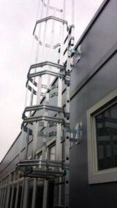 scala con gabbia sassuolo calcio